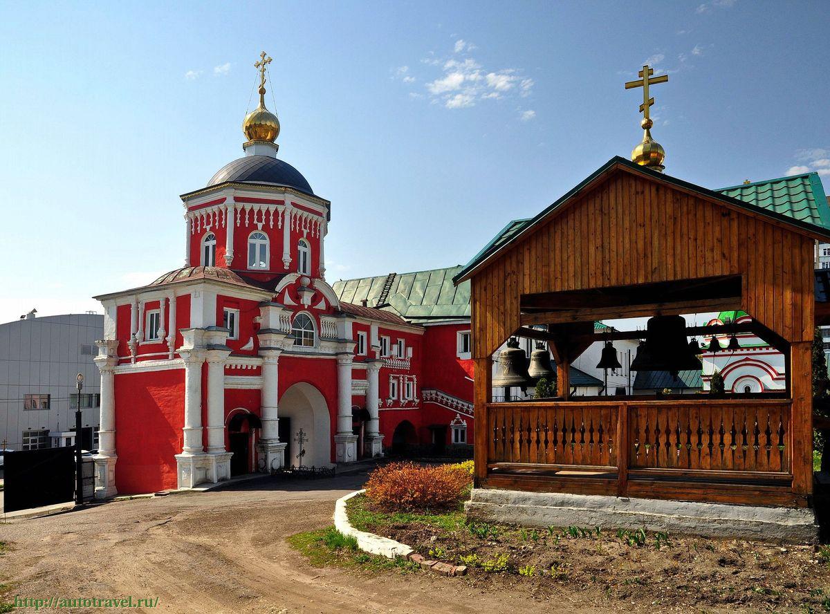 Престольный праздник в надвратном Владмирском храме Кизического монастыря